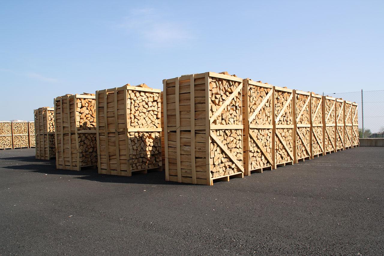 Legna da ardere bancali di legna da ardere vendita for Vendita legna da ardere